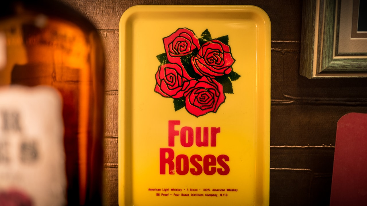 Four Roses 1970s Server's Bill Tray